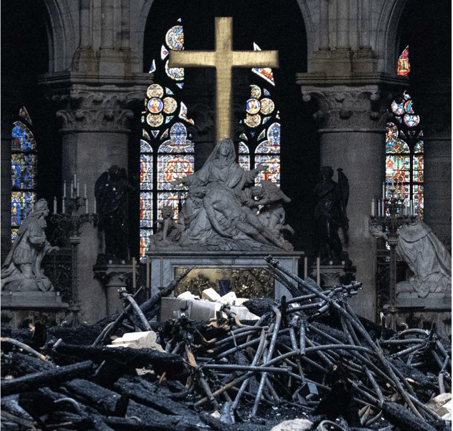 brand in de Notre-Dame